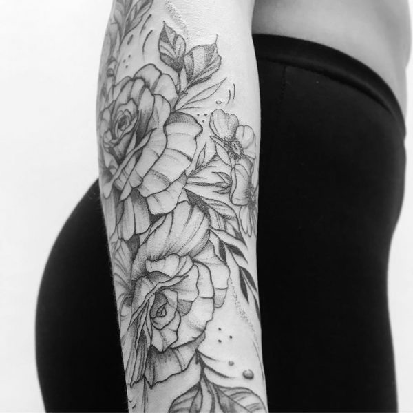 floral tattoo by Melany, London tattoo artist