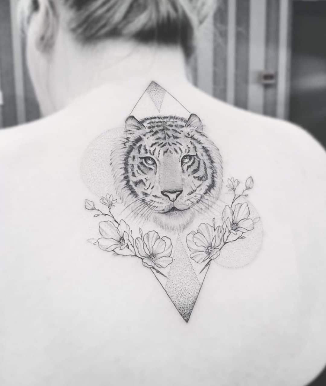 fine line tattoo by Melany Ariza