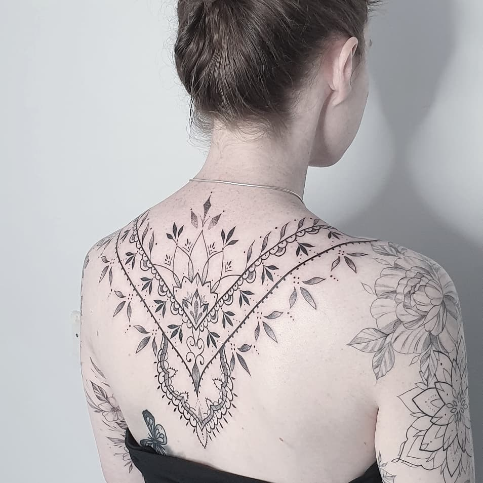 Fine Line Tattoo Style Tattoo Style Guide Inkably Co Uk